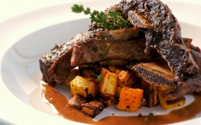 Strip roast stewed in red wine